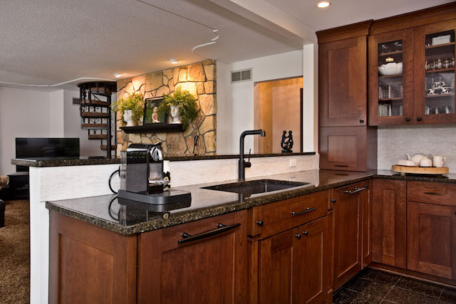 APEX North Oaks kitchen with sink overlooking family room