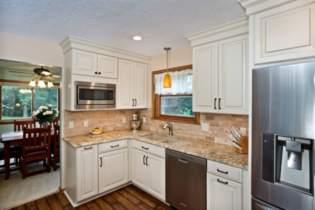 White kitchen with ceiling height cabinets