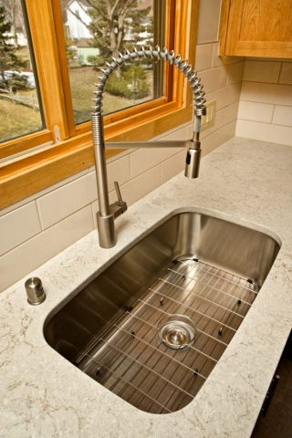 Undermount stainless sink photo