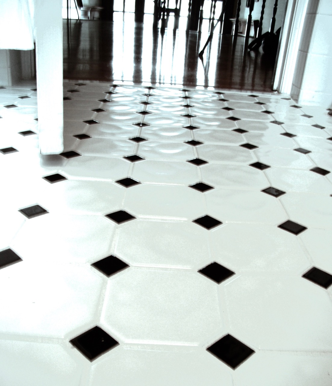tile floor photo