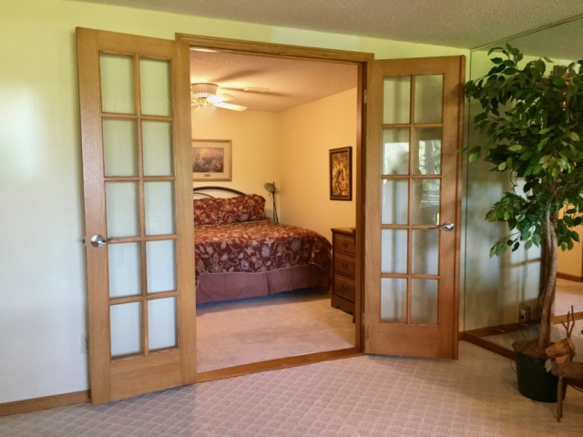 French doors for guest room photo