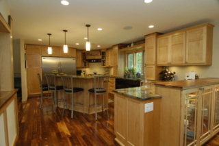 Multilevel counter surfaces for Bloomington kitchen